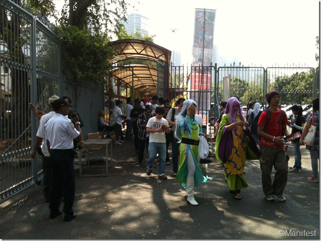 security gate checkpoint