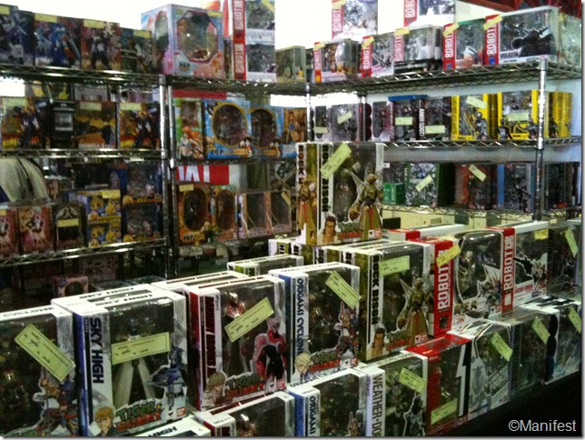 Action figure booth