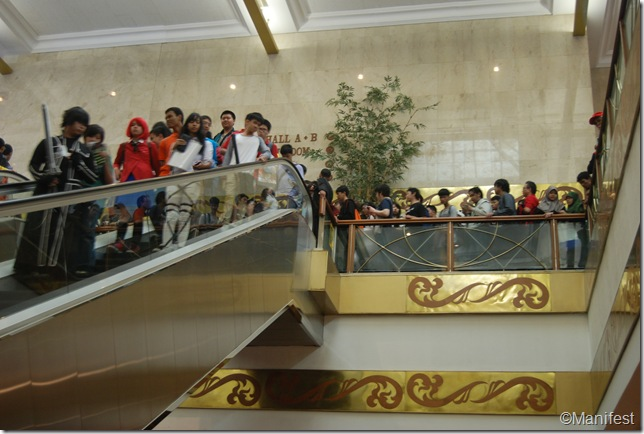 escalator line