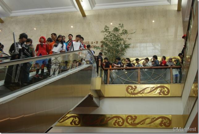 escalator line
