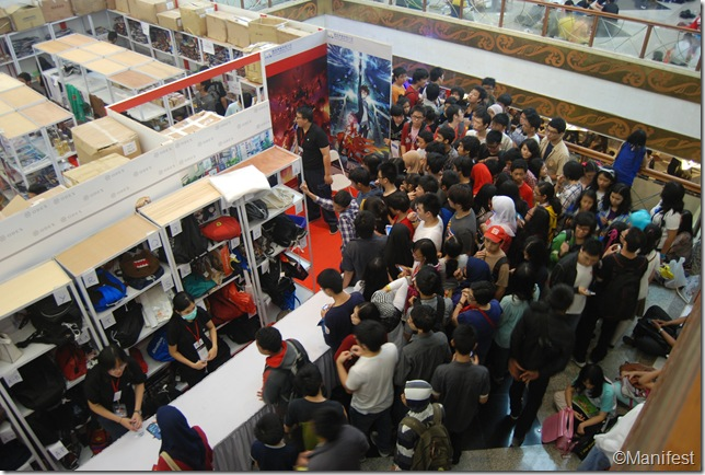 ODEX booth crowd