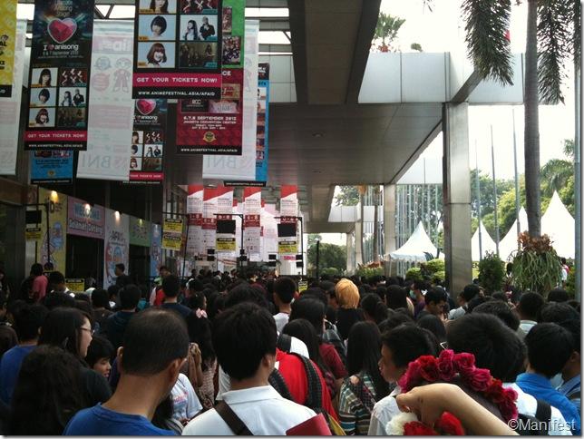 entrance crowd